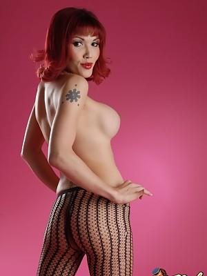 Hot Ts Eva Lin posing her hot irresistible body